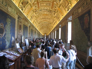 Crowds in the Map Room